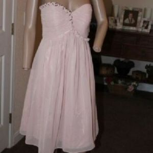 BLUSH PINK STRAPLESS RUCHED BUST DRESS 4 NWT